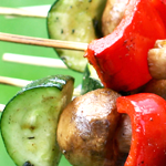 veggie kebabs with zucchini, red pepper, and mushrooms